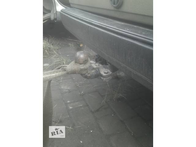 купить бу Б/у фаркоп для седана Volkswagen Jetta в Ивано-Франковске