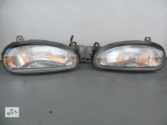 продам Б/у фары для седана Mazda 121 (1991-1996) бу в Луцке