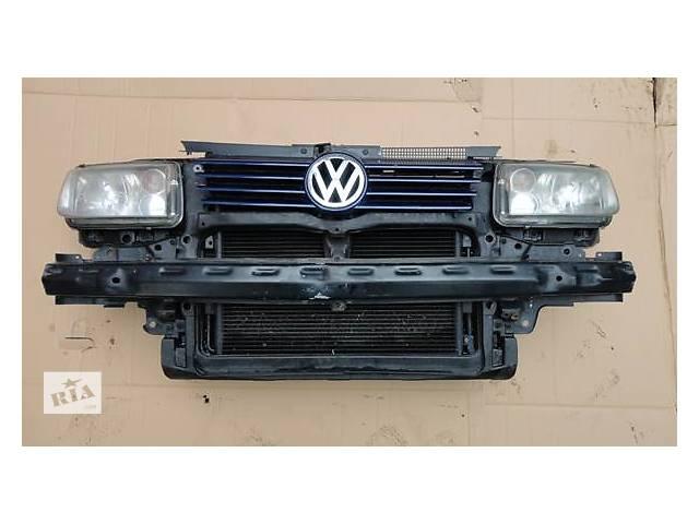 купить бу б/у Фары передние левая и правая Седан Volkswagen Bora 99-2005 в Львове
