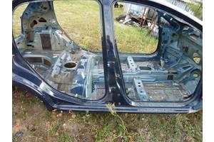 б/у Стойка кузова средняя Fiat Grande Punto