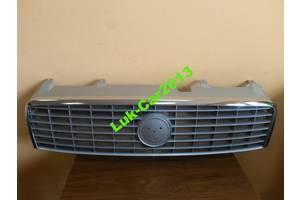 б/у Решётка радиатора Fiat Linea