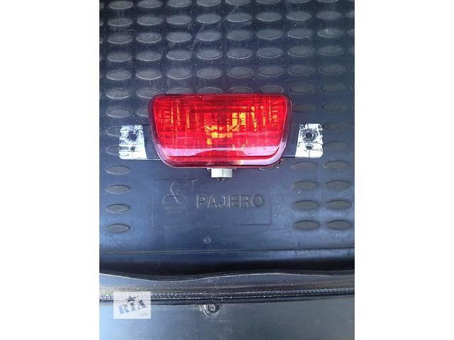 продам Б/у фонарь стоп для легкового авто Mitsubishi Pajero Wagon бу в Чернигове