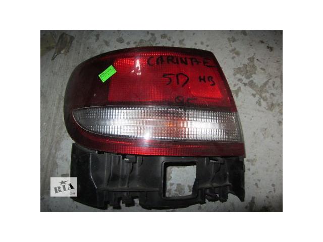 продам Б/у фонарь задний для хэтчбека Toyota Carina E 1995 бу в Киеве