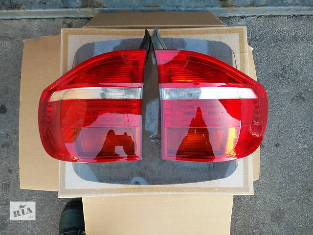 продам Б/у фонарь задний для кроссовера BMW X5 бу в Житомире