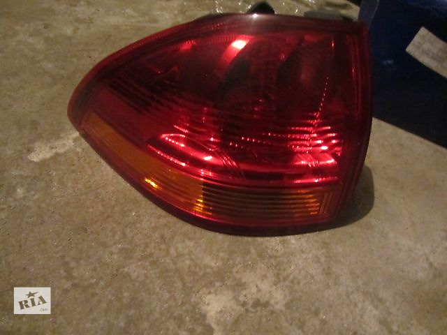 продам Б/у фонарь задний для кроссовера Mitsubishi Pajero Sport 2011 бу в Киеве