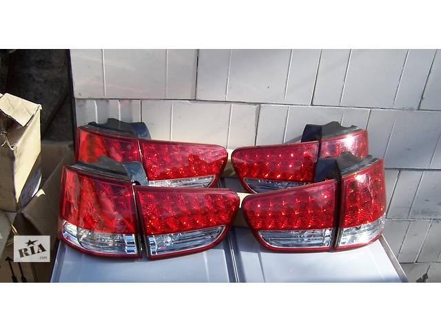 продам Б/у фонарь задний для легкового авто Citroen C-Crosser бу в Львове