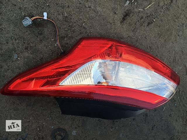 продам Б/у фонарь задний для легкового авто Ford Focus бу в Киеве