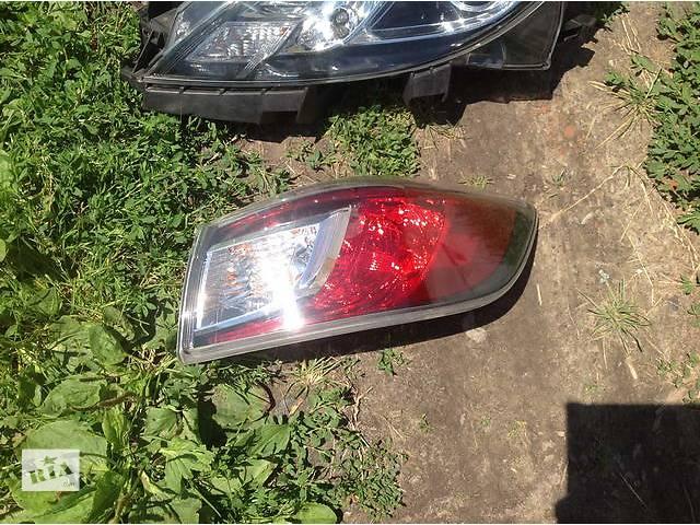 купить бу Б/у фонарь задний для легкового авто Mazda 3 в Ровно