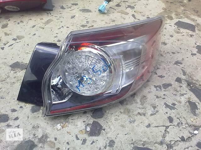 продам Б/у фонарь задний для легкового авто Mazda 3 бу в Ровно