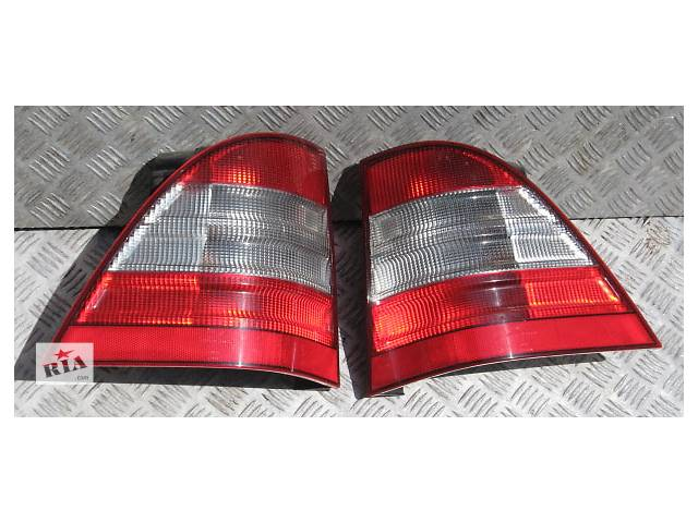 купить бу Б/у фонарь задний для легкового авто Mercedes ML-Class w163 00-05 в Львове