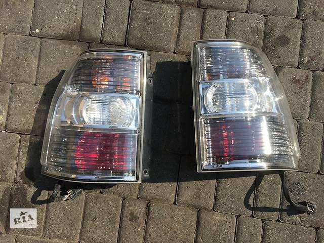 продам Б/у фонарь задний для легкового авто Mitsubishi Pajero Wagon бу в Ровно