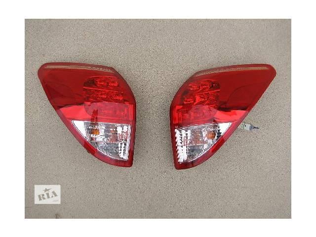 бу Б/у фонарь задний для легкового авто Toyota Rav 4 в Ровно