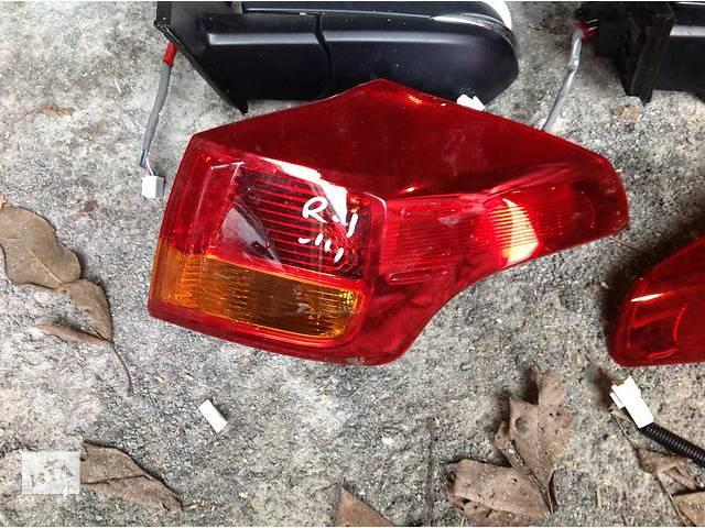 продам Б/у фонарь задний для легкового авто Toyota Rav 4 бу в Ровно
