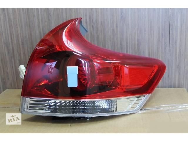 бу Б/у фонарь задний для легкового авто Toyota Venza в Ровно