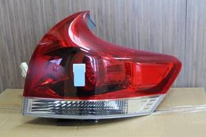 б/у Фонари задние Toyota Venza