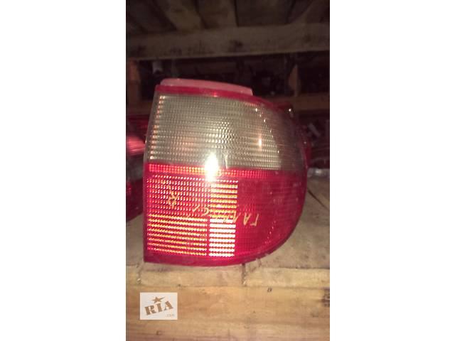купить бу Б/у фонарь задний для легкового авто Volkswagen Sharan в Луцке
