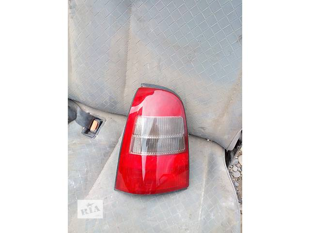 продам Б/у фонарь задний для универсала Opel Vectra B бу в Хусте