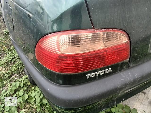 бу Б/у фонарь задний левый 81560-05051 для седана Toyota Avensis 1999г в Киеве