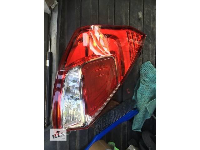 бу Б/у фонарь задний левый для хэтчбека Ford Fiesta в Киеве