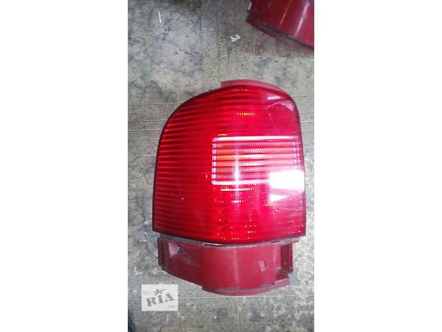 купить бу Б/у фонарь задний лівий  7m3945095f Volkswagen Sharan 2001 №2368000 в Львове