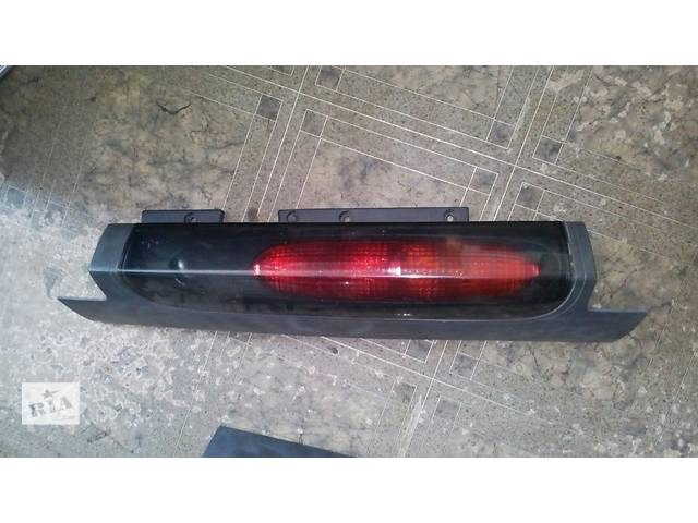 купить бу Б/у фонарь задний левый Renault Trafic №2298000 в Львове