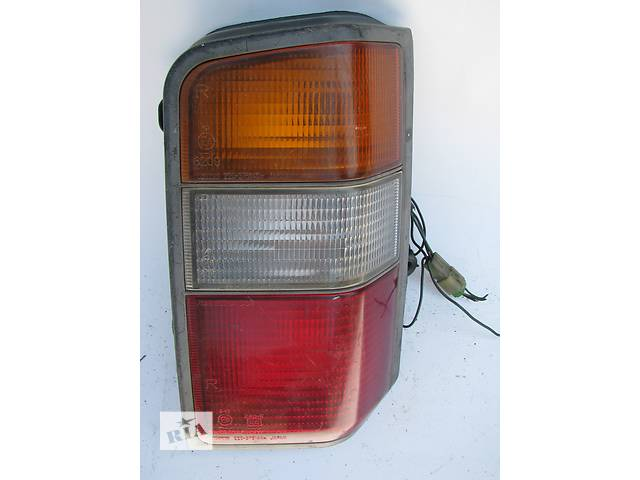 продам Б/у фонарь задний Mitsubishi L300 1994 бу в Броварах