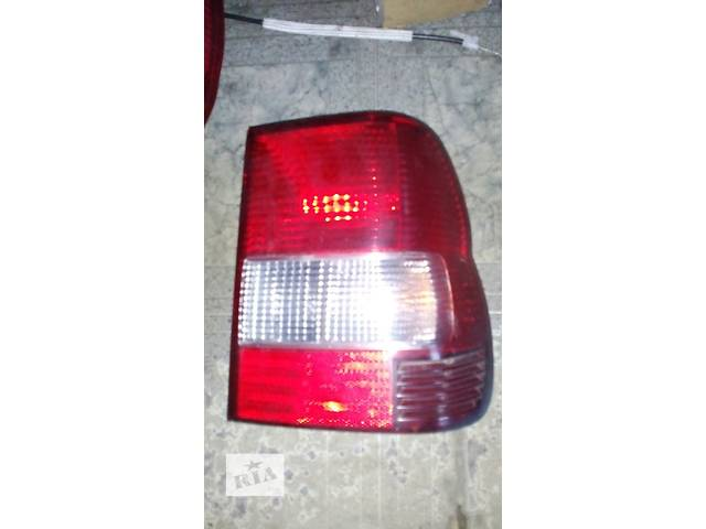 продам Б/у фонарь задний MR535076 Mitsubishi Pajero Pinin бу в Львове