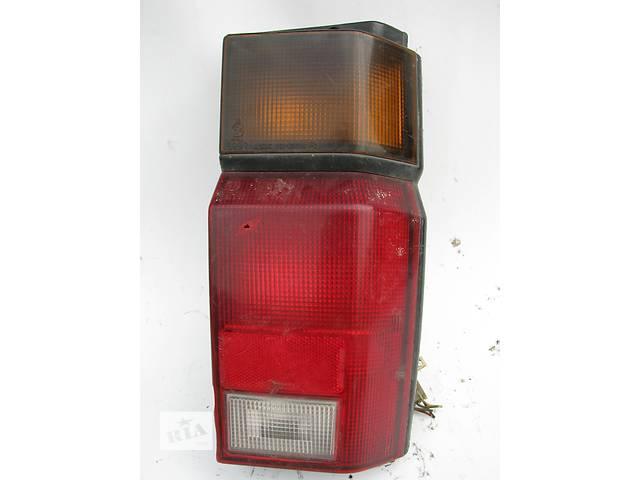 продам Б/у фонарь задний Nissan Vanette 1993 пассажирский бу в Броварах