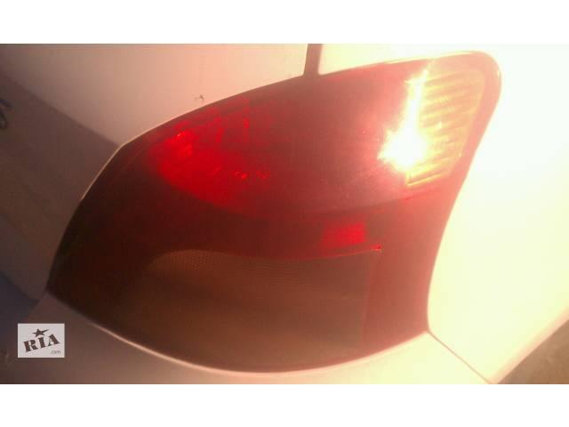 продам Б/у фонарь задний правый 81551-0D110 для хэтчбека Toyota Yaris 2007г бу в Киеве