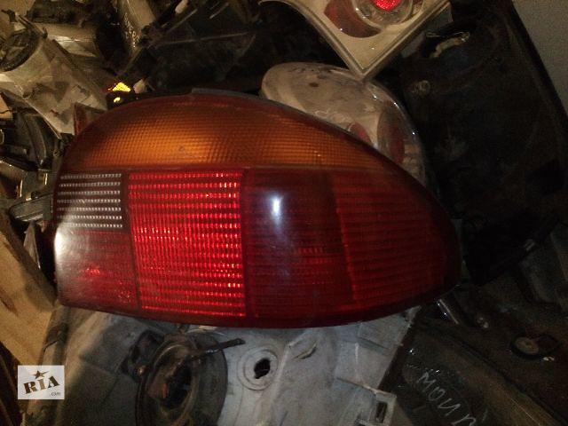 купить бу Б/у фонарь задний правый для легкового авто Ford Mondeo MK1 Hatchback в Ковеле