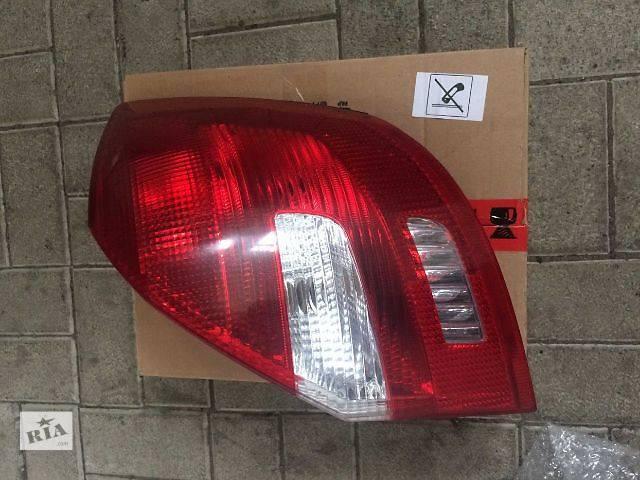 Б/у фонарь задний правый Skoda Fabia 5J6945112- объявление о продаже  в Ровно
