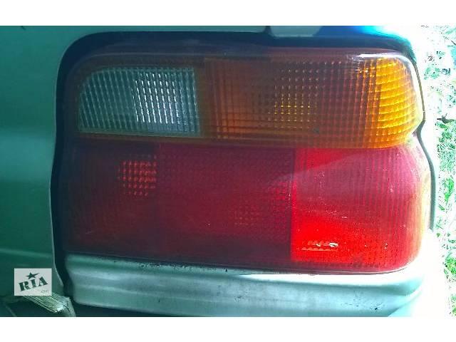 купить бу Б/у фонарь задний правый и левый для седана Ford Escort 1993г в Киеве