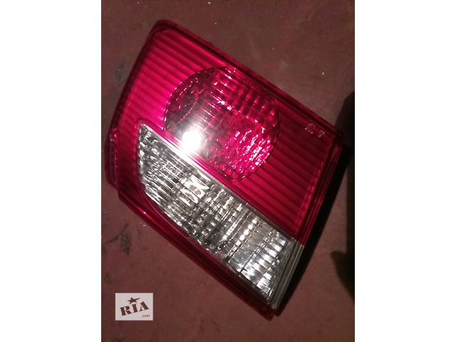 Б/у фонарь задний внутренний для седана Mazda 626 GF рестайл- объявление о продаже  в Первомайске (Николаевской обл.)