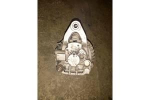 б/у Генераторы/щетки Mazda 626