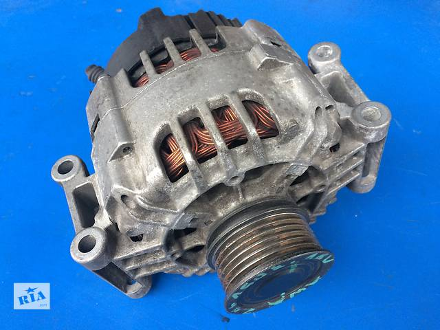 купить бу Б/у генератор/щетки для легкового авто Audi A6 1.6, 1.8T  в Луцке