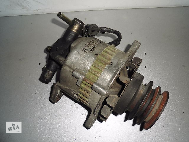 Б/у генератор/щетки для легкового авто Mazda 626 2.0D 1983-1987 60A с вакуумом.- объявление о продаже  в Буче (Киевской обл.)