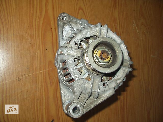 бу Б/у Генератор Toyota Avensis - 1,4. 1,6 . 1,8 , Bosch / Britany , 80 А , кат № 0124315024 / 27060 DO 30 B , гарантия . в Тернополе