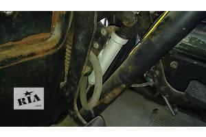 б/у Главные цилиндры сцепления Mercedes 608