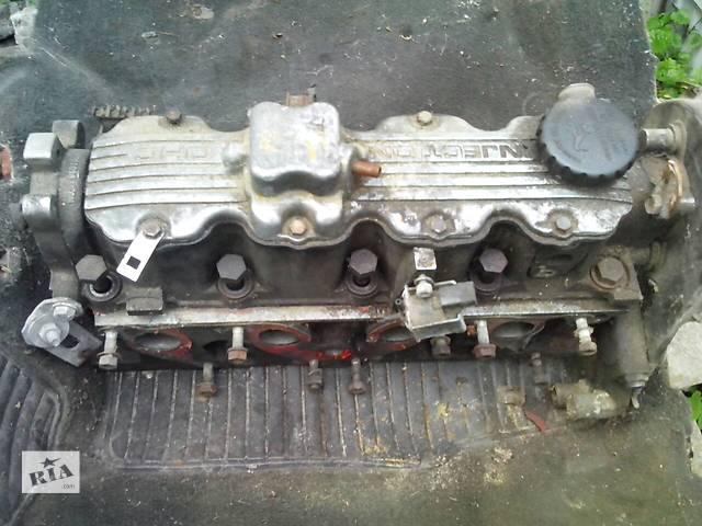 купить бу Б/у головка блока 2.0і  для седана Opel Vectra A в Золотоноше