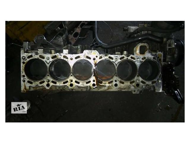 бу Б/у головка блока для легкового авто BMW 7 Series e65 3.6 в Ужгороде