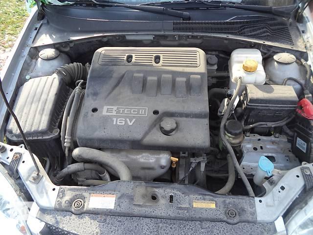 купить бу Б/у головка блока для легкового авто Chevrolet Lacetti в Луцке
