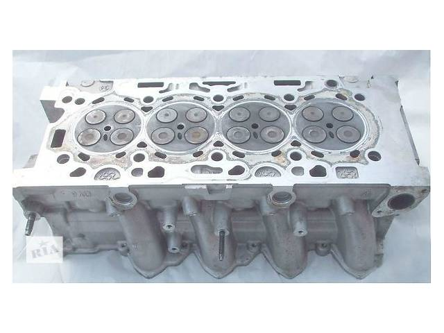 продам Б/у головка блока для легкового авто Citroen C4 1.4 бу в Ужгороде