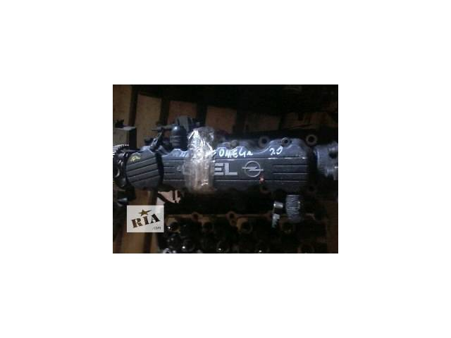 продам Б/у головка блока для легкового авто Opel Omega B2.0V8 бу в Луцке