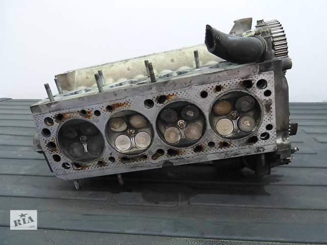 купить бу Б/у головка блока для легкового авто Opel Vectra B 1.6 X16XEL в Яворове (Львовской обл.)