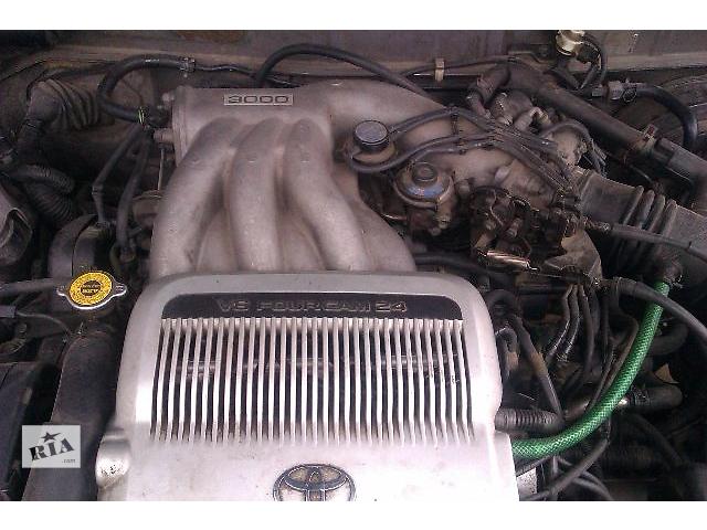 купить бу Б/у головка блока для легкового авто Toyota Camry 1994 в Одессе