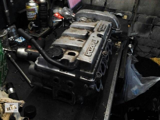 купить бу Б/у головка блока для седана Mazda 626 в Раздельной