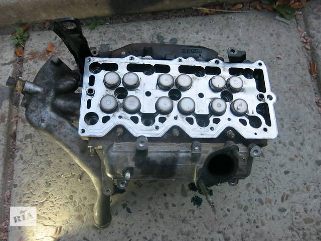 продам Б/у головка блока для универсала Opel Signum бу в Житомире