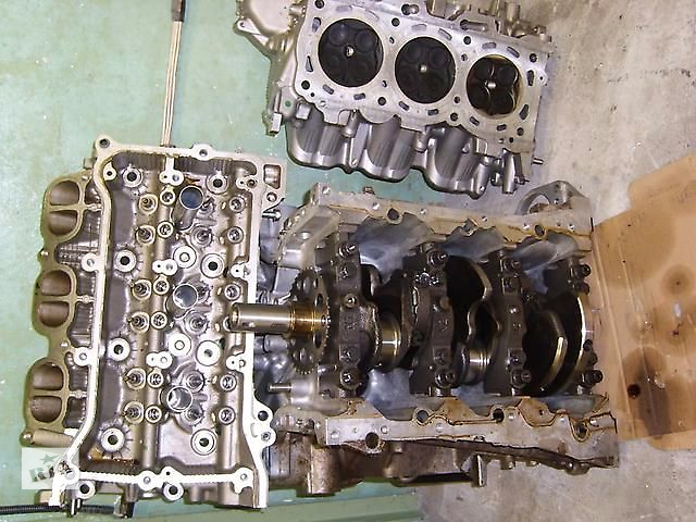 купить бу Б/у головка блока цилиндров мотор 3GR-FSE  11101-39525 для седана Lexus GS 300 2007 в Николаеве