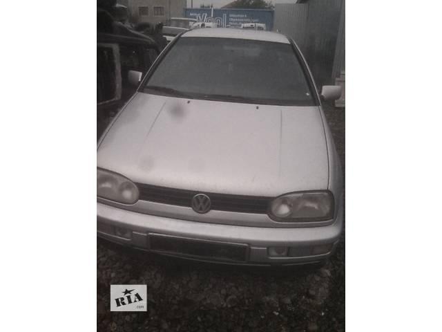 купить бу Б/у капот для хэтчбека Volkswagen Golf III в Ивано-Франковске