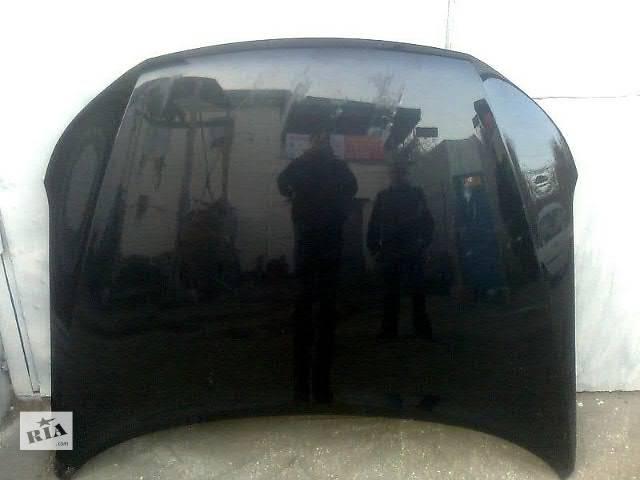 бу Б/у капот для кроссовера Subaru Forester в Киеве